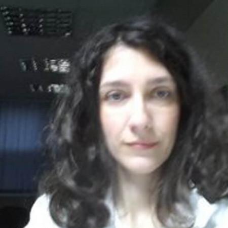 Dr Ana Gazikalović je specijalista radiologije-dečji radiolog iz Beograda sa 20 godina iskustva.