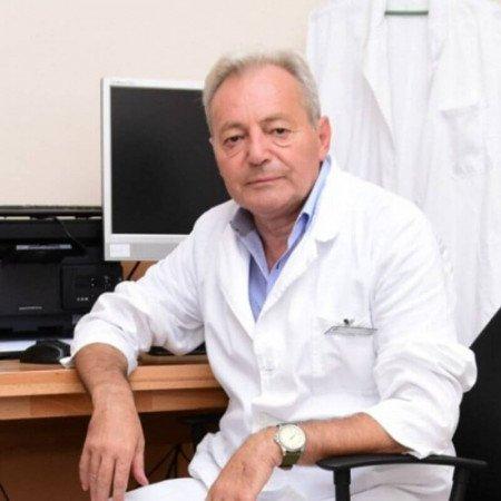 Prof. dr Zoran Anđelković je specijalista interne medicine, endokrinolog iz Beograda. Prevashodno se bavi oboljenjima štitne žlezde.