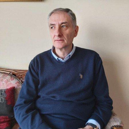 Dr Slobodan Gajić je kardiolog u Beogradu sa dugogodišnjim iskustvom na VMA. Zakažite kardiološki pregled.