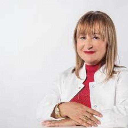 Dr Snežana Alčazjespecijalista neuropsihijatrijesa dugogodišnjim  iskustvom. Svoje profesionalno radno iskustvo stekla je radom u privatnim i državnim ustanovama.