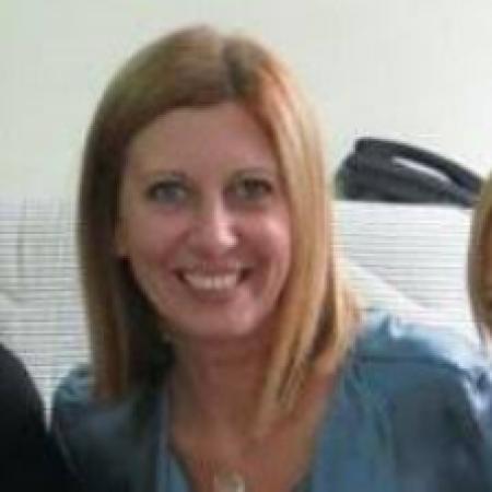 Dr Suzana Nedeljković je specijalista radiologije iz Beograda. Najviše se bavi dijagnostikom oboljenja dojke-ultrazvuk, mamografija..