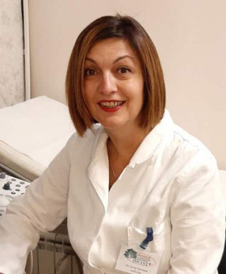 Dr Snježana Erceg je radiolog u Beogradu sa desetogodišnjim iskustvom rada u Kliničkom Centru Srbije u Centru za radiologiju i magnetnu rezonancu. Zakažite pregled.