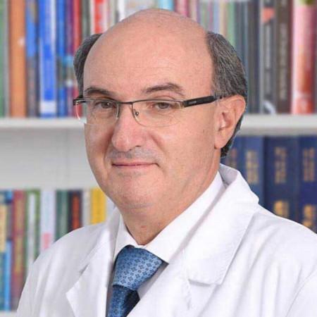 Dr Dragan Paunović je specijalista urologije iz Beograda. Obavlja kompletnu dijagnostiku i lečenje bolesti urinarnog trakta i prostate. Saznajte više i zakažite pregled.