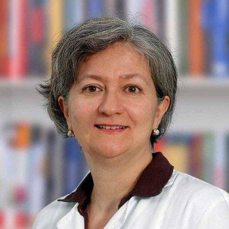 Dr Snežana Đorić je specijalista dermatovenerologije iz Beograda. Dijagnostikuje i leči kožna oboljenja i polno prenosive bolesti. Saznajte više i zakažite pregled.