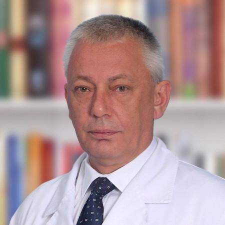 Dr Siniša Rusović, Specijalista radiologije