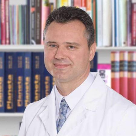 Doc. dr Bojan Pavlović, Specijalista otorinolaringologije