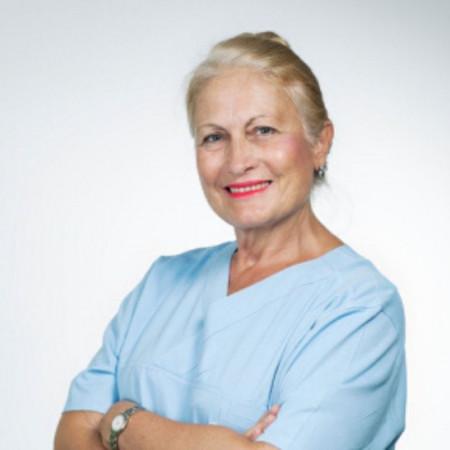 Prim. dr Mirjana Raičević, Specijalista dečje hirurgije i neurohirurgije