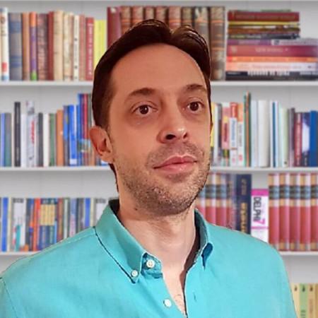 Dr Sreten Vićentić je specijalista psihijatrije iz Beograda. Leči depresiju, anksioznost, panične poremećaje u kućnim i ambulantnim uslovima. Pročitajte više i zakažite.