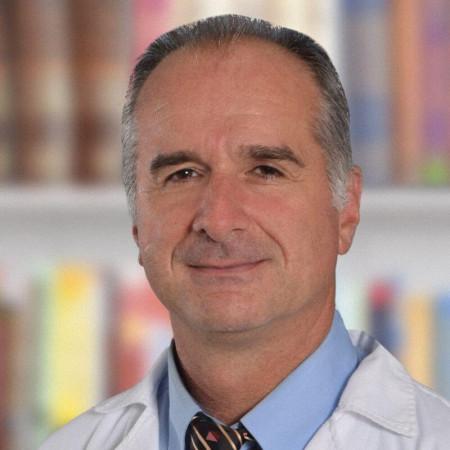Dr Slobodan Džambasanović, Specijalista dečje hirurgije, urolog