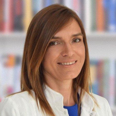Dr Aleksandra Eger je specijalista oftalmologije u Beogradu. Uža oblast interesovanja joj je prevencija, dijagnostika i lečenje glaukoma. Zakažite pregled.