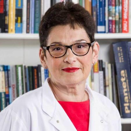 Dr Lana Ilić - Todorić je specijalista radiologije u Beogradu. Ima višegodišnje iskustvo u neinvazivnoj radiološkoj dijagnostici pre svega CT dijagnostici.