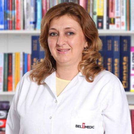 Dr Žaklina Davičević-Elez je specijalista interne medicine, kardiolog u Beogradu. Uža specijalnost joj je neinvazivna kardiološka dijagnostika.