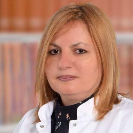 Dr Violeta Ranđelović Krstić je specijalista interne medicine, kardiolog u Beogradu. Bavi se neinvazivnom kardiološkom dijagnostikom i urgentnom kardiologijom.