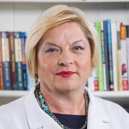 Dr Branka Mikić je specijalista otorinolaringologije Beograda. Bavi se pretežno ispitivanjem i lečenjem poremećaja sluha dece i odraslih. Saznajte više i zakažite.