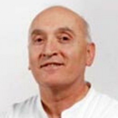 Prof. dr Branko Gligić je specijalista interne medicine-kardiolog iz Beograda. Obavlja punu dijagnostiku i terapiju kardioloških pacijenata. Saznajte više i zakažite.