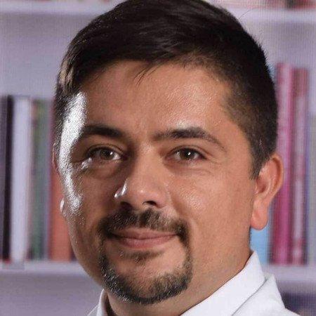 Spec. dr med. Goran Laković, Specijalista pedijatrije