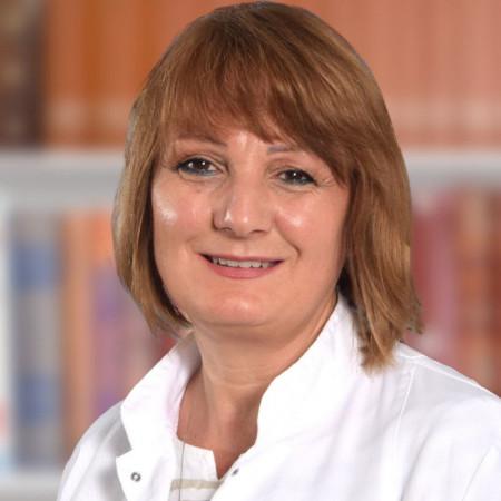 Doc. dr Tatjana Damjanović, nefrolog u Beogradu sa velikim  iskustvom lečenja bolesti bubrega, posebno bubrežne insuficijencije. Pročitajte više i zakažite pregled