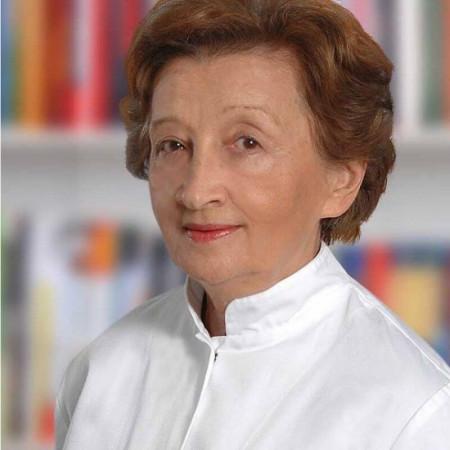 Dr Vesna Bošnjak Petrović je specijalista pulmologije sa višegodišnjim iskutvom. Radi u Beogradu. Uža specijalnost joj je lečenje astme i hronične opstruktivne bolesti pluća.