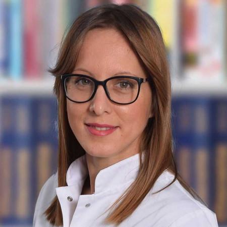 Dr Lidija Isović, Specijalista interne medicine