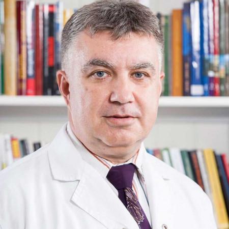Dr Boban Krstić, Specijalista radiologije.