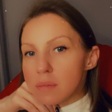 Dr Maja Stojanović je imunolog iz Beograda sa dugogodišnjim iskustvom u radu sa alergijama i bolestima imuniteta. Zakažite imunološki pregled pozivom na 063687460.
