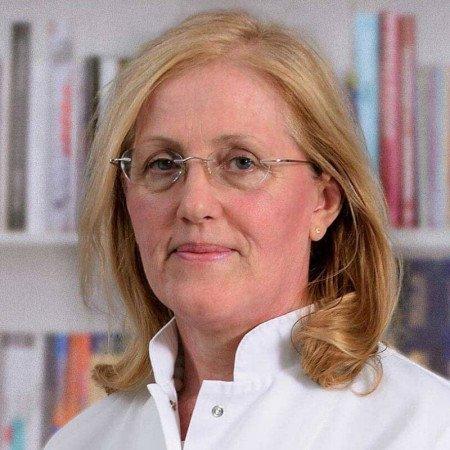 Prim. dr sci. med. Jelica Videnović Ivanov, Specijalista pneumoftiziologije
