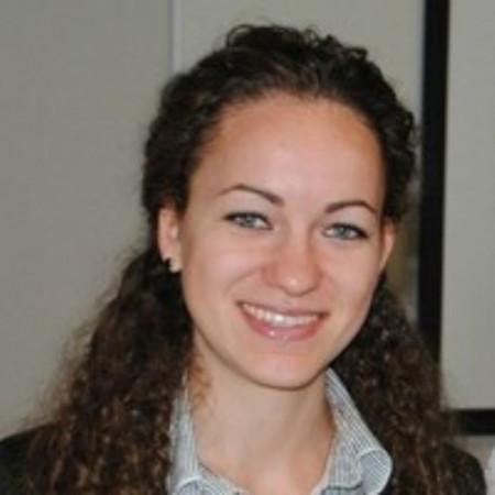 Dr Milena Stojanović je specijalista anesteziologije sa reanimatologijom iz Niša, trenutno na doktorskim studijama. Saznajte više i zakažite pregled.