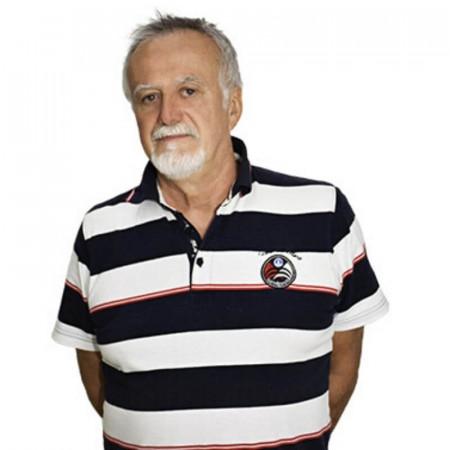Dr Stevan Iđuški je specijalista radiologije u Novom Sadu. Ima skoro 30 godina iskustva u CT i interventnoj neuro radiologiji.