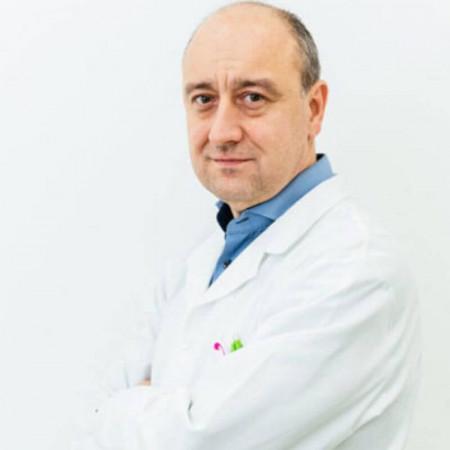 Dr Ivan Nikolić je specijalista gastroenterologije u Novom Sadu.  Obavlja specijalističke preglede, ultrazvuk, gastroskopiju i kolonoskopiju. Zakažite pregled.