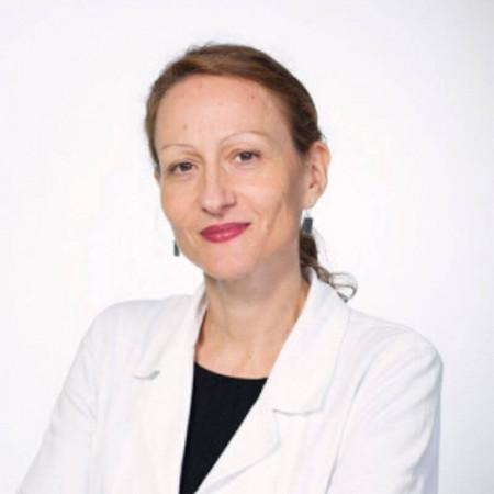 Dr Sandra Nedović je specijalista radiologije u Beogradu. Bavi se dečjom radiologijom, pre svega dijagnostikom magnetnom rezonancom.