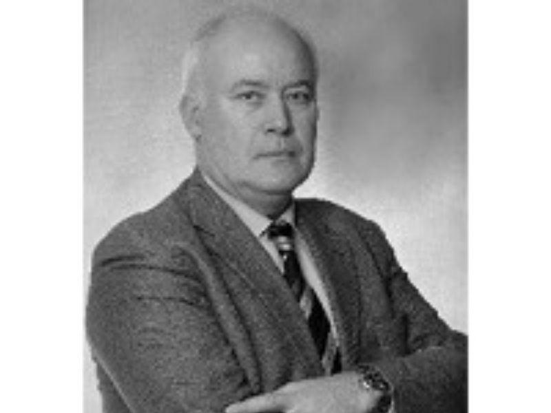 Preminuo je čuveni profesor Dragan Marković