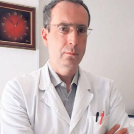 Dr Srđa Janković je imunolog iz Beograda sa bogatim dugogodišnjim iskustvom kako u praksi, tako i u naučnom radu u oblastima imunologije i hematologije. Zakažite>>>>
