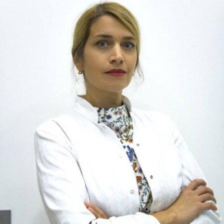 Dr Milica Nestorović je specijalista opšte hirurgije i proktolog iz Niša i posebnu pažnju posvećuje karcinomu rektuma. Pročitajte biografiju i zakažite pregled.