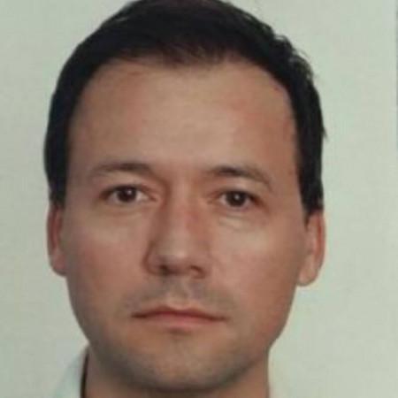 Dr Daniel Pešić je specijalista sportske medicine u Beogradu. Ima višegodišnje iskustvo u lečenju i poboljšanju sposobnosti sportista. Zakažite pregled 063/687-460