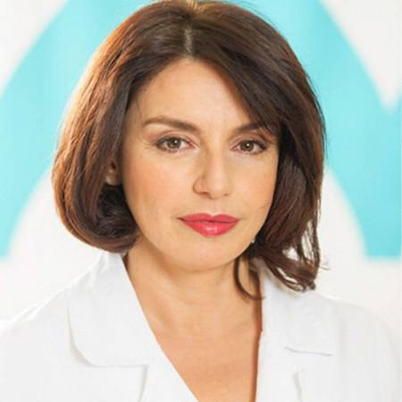 Dr Nina Avakumović je specijalista dermatologije u Beogradu. Ima višegodišnje iskustvo u dijagnostici i lečenju različitih oboljenja kože. Zakažite 063/687-460