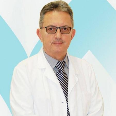 Prof. dr Siniša Avramović je specijalista oftalmologije iz Beograda. Uža specijalnost mu je lečenje glaukoma i katarakte. Zakažite pregled 063/687-460