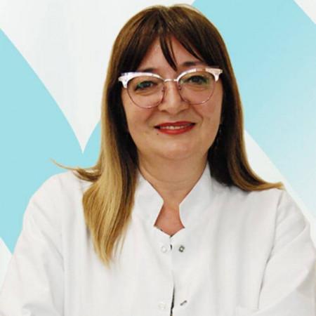 Dr Dijana Bujaković je specijalista fiziklane medicine i rehabilitacije. Ima višegodišnje iskustvo pregledima i terapiji dece i novorođenčadi. Zakažite 063/687-460