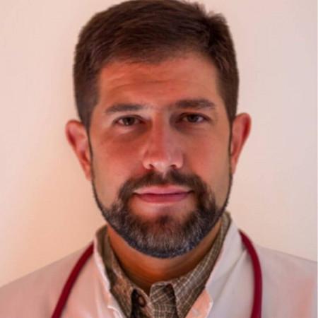 Dr Marko Stojanović je specijalista endokrinologije u Beogradu. Uža specijalnost su mu bolesti hipofize i metaboličke bolesti kostiju. Zakažite 063/687-460
