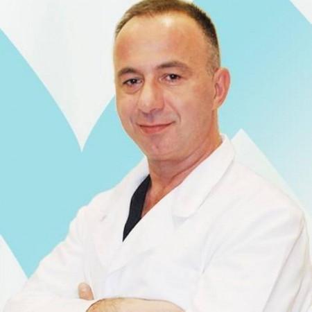 Dr Đuro Čutura je specijalista opšte hirurgije u Beogradu. Bavi se operativnim lečenjem apendicitisa, hernija i zučne kese. Zakažite pregled 063/687-460