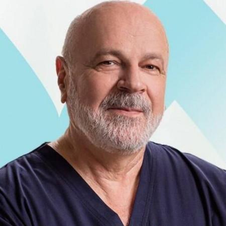Prof. dr Zoran Krstić, Specijalista dečje hirurgije, urolog
