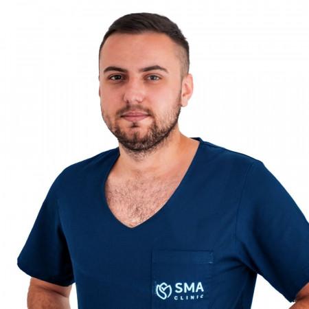 Momčilo Mamuzić, Specijalizant plastične, rekonstruktivne i estetske hirurgije