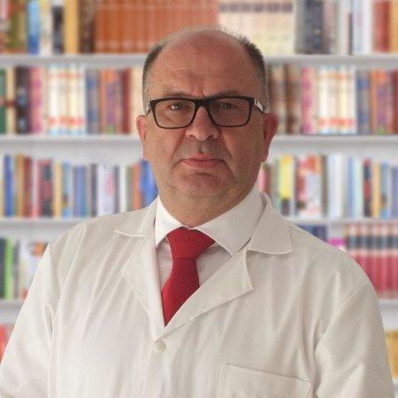 Dr sci. med. Radoslav Barjaktarović, Specijalista ortopedske hirurgije