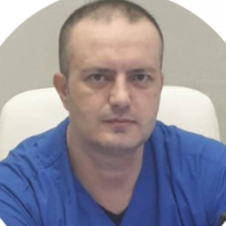 Spec. dr med. Milovan Krišulović, Specijalista ginekologije i akušerstva