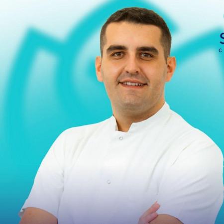 Spec. dr med. Danilo Jeremić, Specijalista ortopedske hirurgije i traumatologije