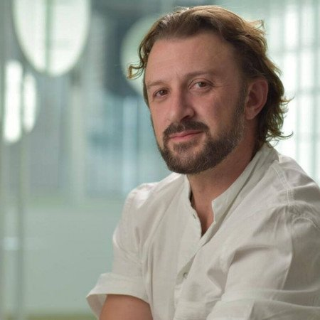Spec. dr med. Vladimir Petrović, Specijalista oftalmologije