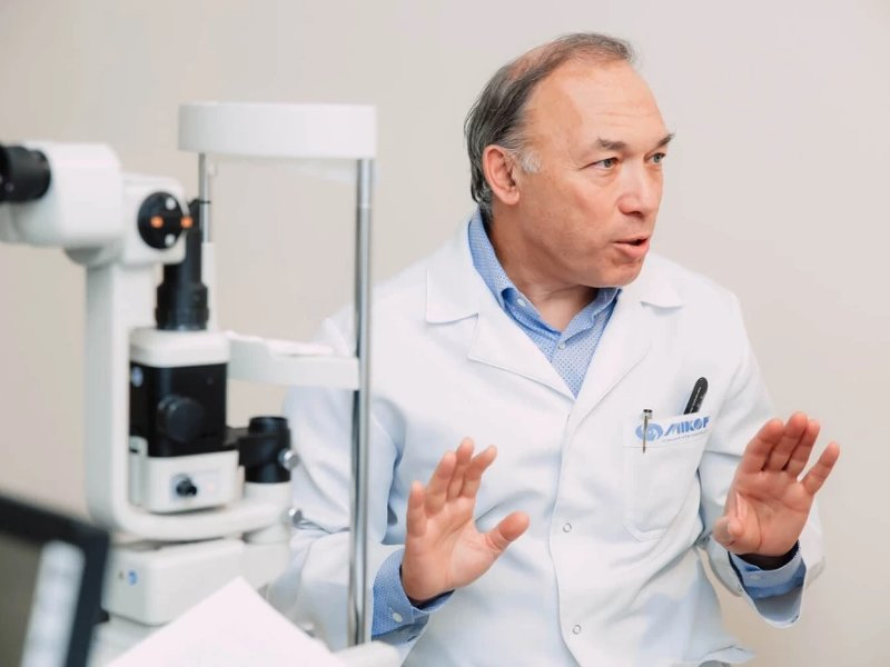Katarakta: Prof. dr Jurij Viktorovič Tahtaev