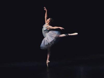 Ako vam se dete bavi baletom verovatno se brinete o kičmi i njenom razvoju, kao i pojavi skolioze.