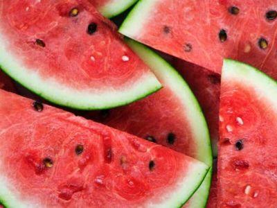 Višestruko čišćenje organizma postiže se konzumiranjem lubenice, a ovakav način ishrane poboljšava funkciju bubrega, zglobova i kičme, podsećaju nutricionisti.