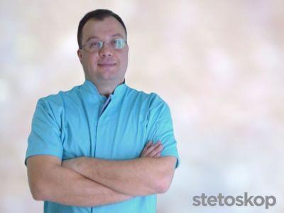 Oktobar je Mesec pravilne ishrane, i tim povodom će u Srbiji biti održan niz manifestacija kako bi se podigla svest ljudi o važnosti sticanja pravilnih navika u ishrani. Osim hrane koju unosimo, ne smemo izgubiti iz vida zdravlje zuba, grla, usne duplje, vilice... a o tome brinu naši lekari, specijalisti maksilofacijalne hirurgije. Zašto ljudi nisu dovoljno upoznati sa ovom granom medicine, čime se sve oni bave i kako otkloniti strah od odlaska kod zubara, pitali smo stomatologa i maksilofacijalnog hirurga, doktora Bojana Pejakovića.