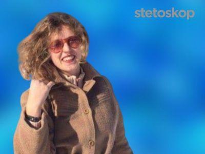 Sve je počelo jednom krvavom stolicom, a kako je vreme prolazilo počinje povraćanje, anemičnost, bolovi u stomaku, visoka temperatura… Akutno stanje bolesti je trajalo godinama i lekari u jednom trenutku počinju da sumnjaju na anoreksiju. Tada lečenje odlazi u potpuno drugom pravcu. O svom životu sa Kronovom bolešću do postavljanja prave dijagnoze, je za Stetoskop govorila Svetlana Nikolić.